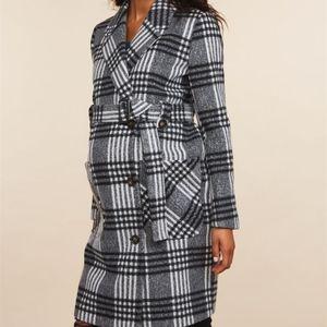 Maternity coat dressy